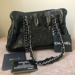 Authentic CHANEL Luxe Ligme Tote
